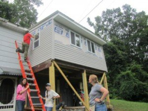 Youth mission trip to build houses in West Virginia
