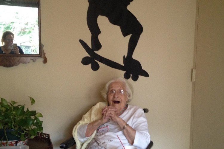 102-year-old Esther Bonnet